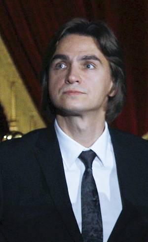 Diretor do Balé Bolshoi tem o rosto desfigurado com ácido por rival