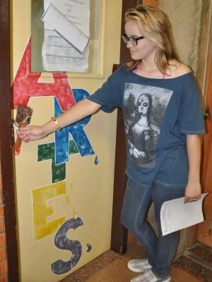 Justiça autoriza adolescente que ficou em 5º em vestibular fazer a matrícula