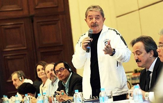 Lula vai articular base aliada de Dilma, dizem ex-ministros