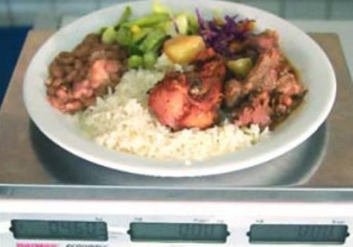 THE: Restaurantes a quilo são flagrados lesando os clientes