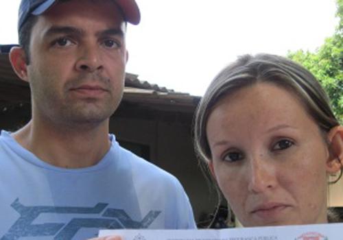 Polícia prende família que mora há 17 anos no fundo da delegacia