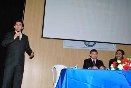 Vereadores participam do I Encontro das Câmaras Municipais - Imagem 1