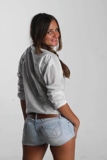 Catarina Migliorini recebe lance maior que o do japonês pela sua virgindade