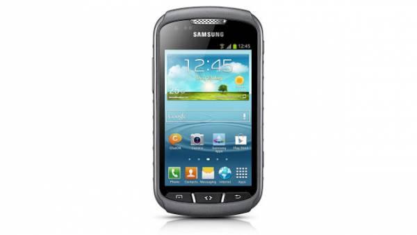 Samsung anuncia Galaxy Xcover 2, um Android à  prova dâ??água para atletas