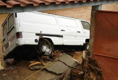Zeca Pagodinho ajuda vítimas de chuva que desalojou cerca de 200 pessoas no Rio