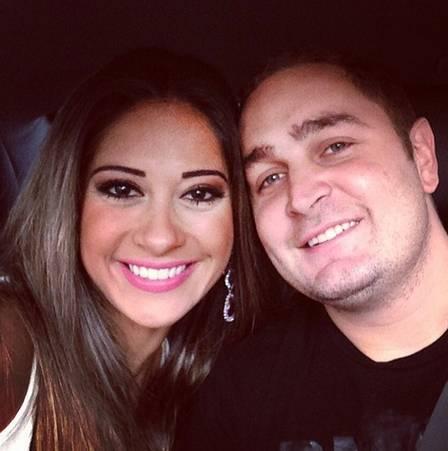 Mayra Cardi afirma que está casada após três meses de namoro