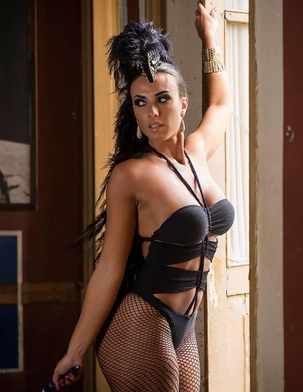 Nicole Bahls: â??Não sou muito inspirada para fantasias sexuais. Gosto de homem rústicoâ??