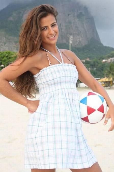 Conheça Paula Morais, apontada como novo affair de Ronaldo