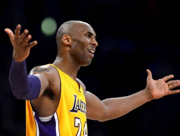 Kobe Bryant entra no Twitter e ganha 100 mil seguidores em 2 horas