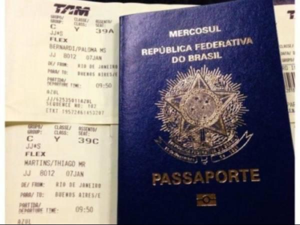 Thiago Martins dá viagem de presente para Paloma Bernardi