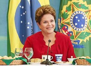 Governo vem criando condições para a cidadania plena, diz Dilma