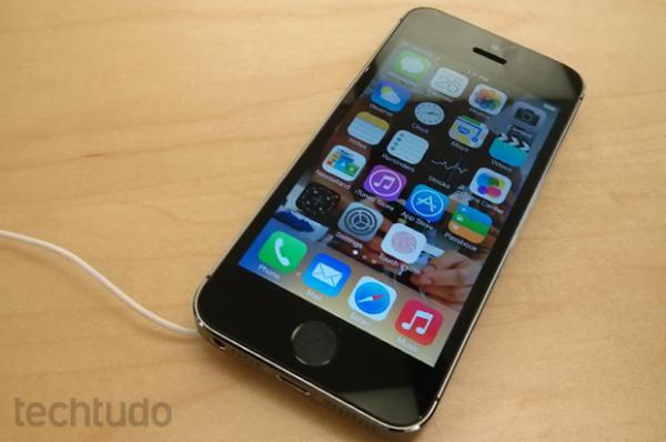 iPhone 5S supera todos os rivais em testes de desempenho