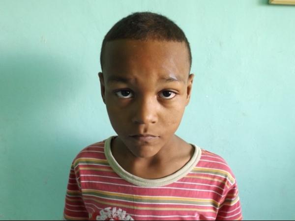 Criança é abandonada pelos pais em Lorena após recusar pedir esmola