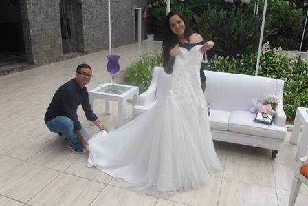 Perlla gastará pelo menos R$ 7 mil no vestido de noiva