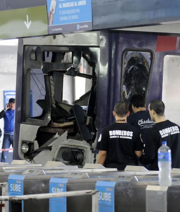 Acidente de trem deixa pelo menos 80 feridos na Argentina