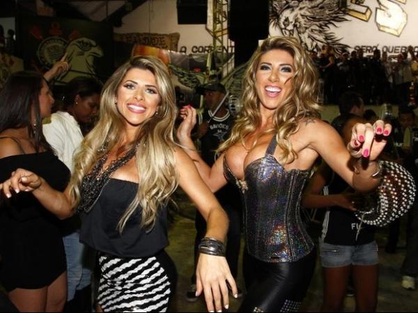 Com looks ousados, Irmãs Minerato roubam cena em de escola de samba