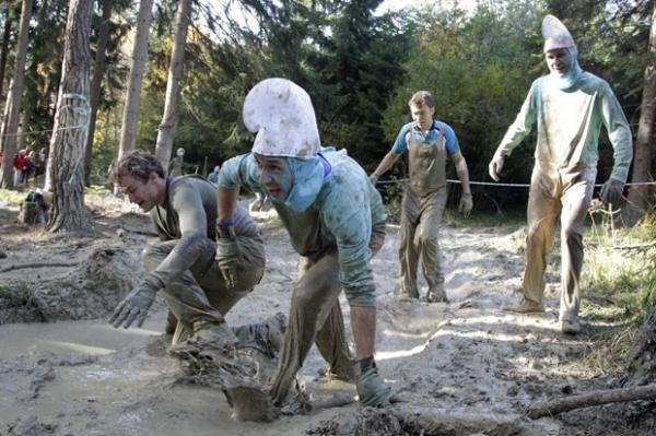 Mais de mil encaram lama durante corrida na Áustria