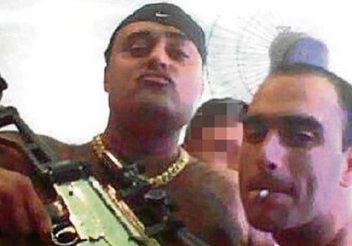 Traficante adota Menino Maluquinho como símbolo e faz estátua cravejada de diamantes e armado