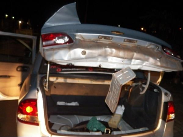 Taxista vítima de roubo é encontrado dentro do porta-malas em São Carlos