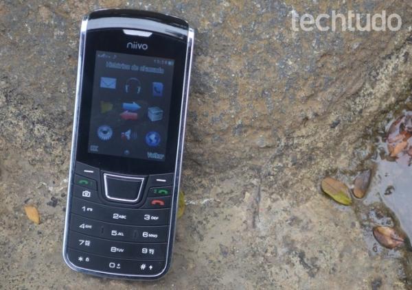Finissimo, smartphone de dois chips custa apenas R$ 140,00; veja critica
