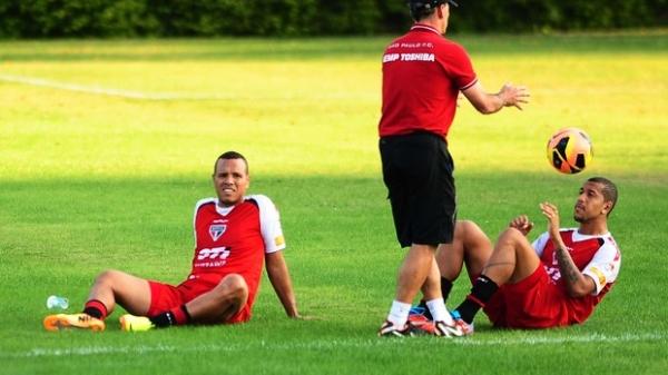 Muricy confirma volta de Luis Fabiano e avisa: