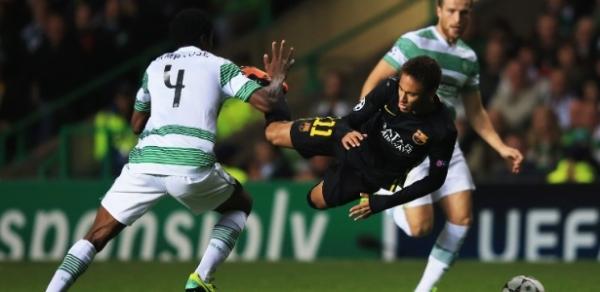 Neymar bate Messi e é o maior provocador de cartões a adversários do Barça