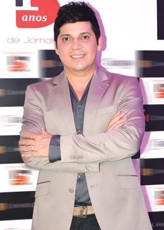 Picos Inside recebe Daniel Boaventura em noite de boa música com festa elaborada e planejada