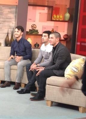 Jonas Brothers falam pela primeira vez sobre término do grupo