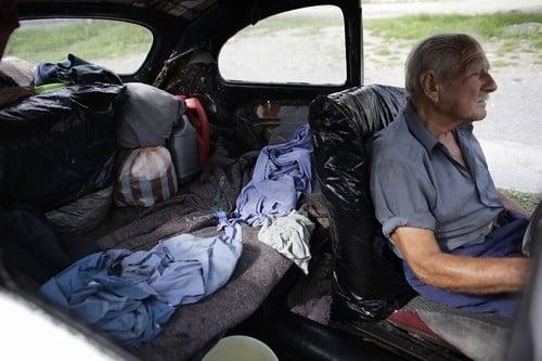 Divorciado vive há dez anos em Fusca 1967