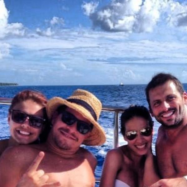 Henri Castelli, Paloma Bernardi e Thiago Martins curtem Punta Cana