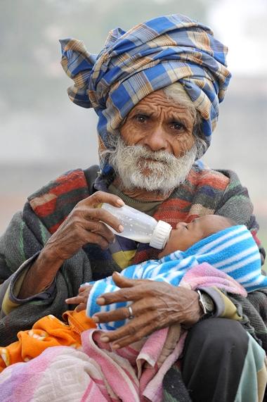Pai aos 94 anos é abandonado pela esposa