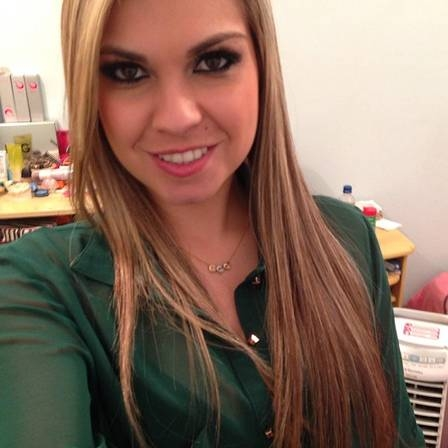 Adriano Imperador está encantado com novo affair, a advogada gaúcha Bruna Corrêa