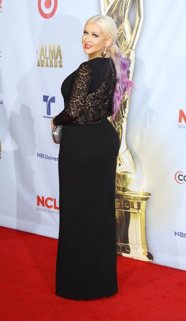 Christina Aguilera perde quase 40kg com dieta e cirurgia plástica, diz site