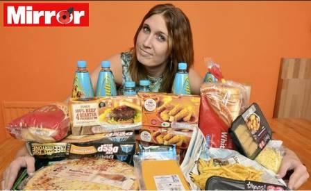 Distúrbio faz jovem inglesa se alimentar apenas de guloseimas