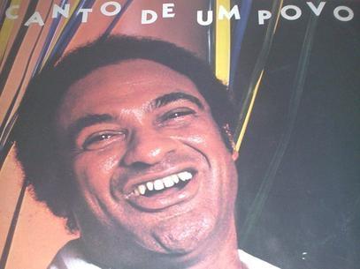 Cantor Délcio Carvalho morre no Rio de Janeiro aos 74 anos