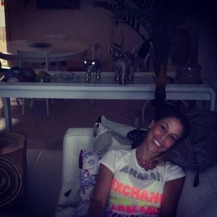 Ex de Ana Maria Braga apresenta nova namorada a bordo de lancha: