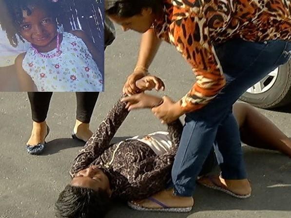 Mãe desmaia ao saber que filha de 4 morreu após tiros disparados de moto