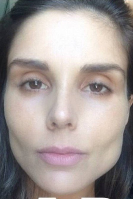 Só pele e osso! Ex-BBB Flávia Viana mostra rosto finíssimo ao testar CC Cream