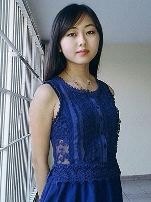 Jovem denuncia ex-namorado por ameaça e desabafa contra foto nua