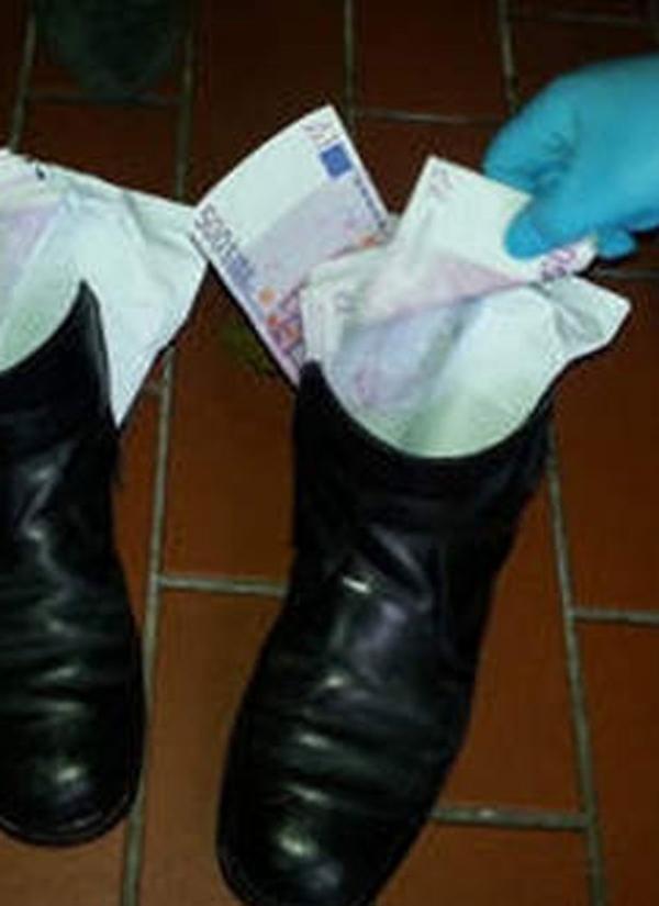 Aposentado  preso com R$ 306 mil escondidos nos sapatos na Alemanha