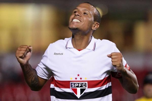 Semi inaugura disputa no SP e Luis Fabiano pode ficar no banco após 12 anos