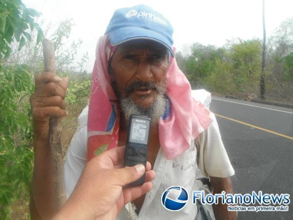 Homem sai a pé do Ceará com destino à São Paulo e já caminha pelo PI
