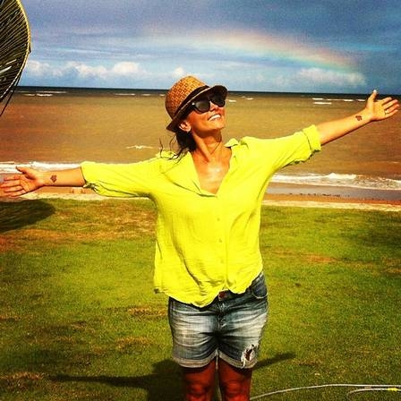 Suzana Alves, ex-Tiazinha, mantém 53kg com pilates e diz que quer ser professora