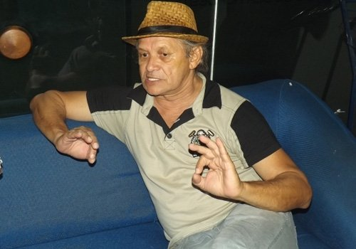 Ator piauiense que atuou em Salve Jorge está em cartaz com a peça Doido Varrido em Teresina
