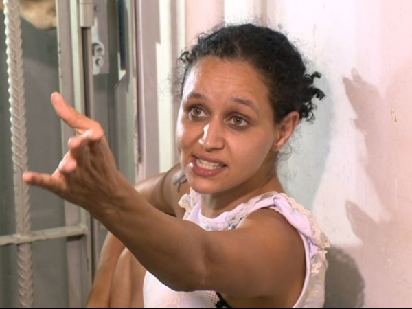 Casal é preso após amarrar família dentro de dispensa