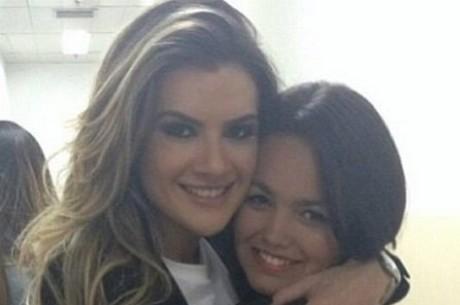Ex de Latino, Mirella Santos posa com filha do cantor