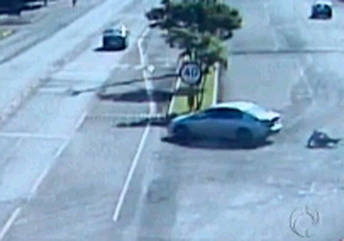 Advogado pula de porta-malas para fugir de sequestro; veja imagens