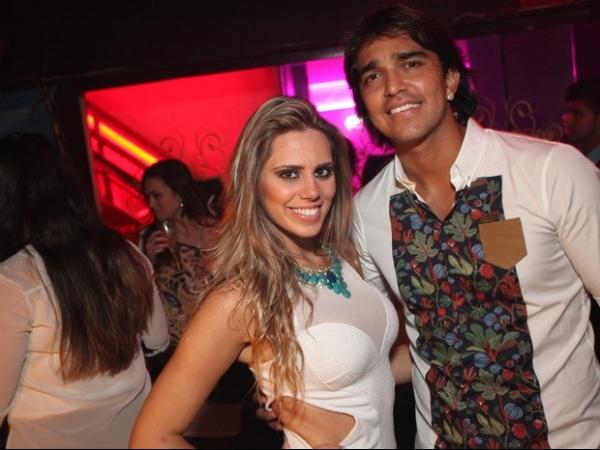 Jogadores do Flamengo fazem festão em boate após título