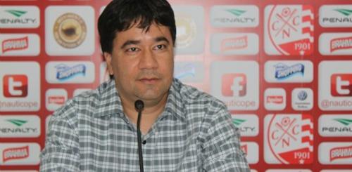 Presidente do Náutico rebate críticas e chama jogadores de irresponsável