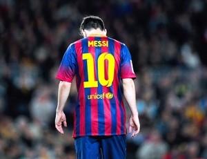 Pai diz que lesões afetaram Messi, mas avisa que tudo voltará ao normal